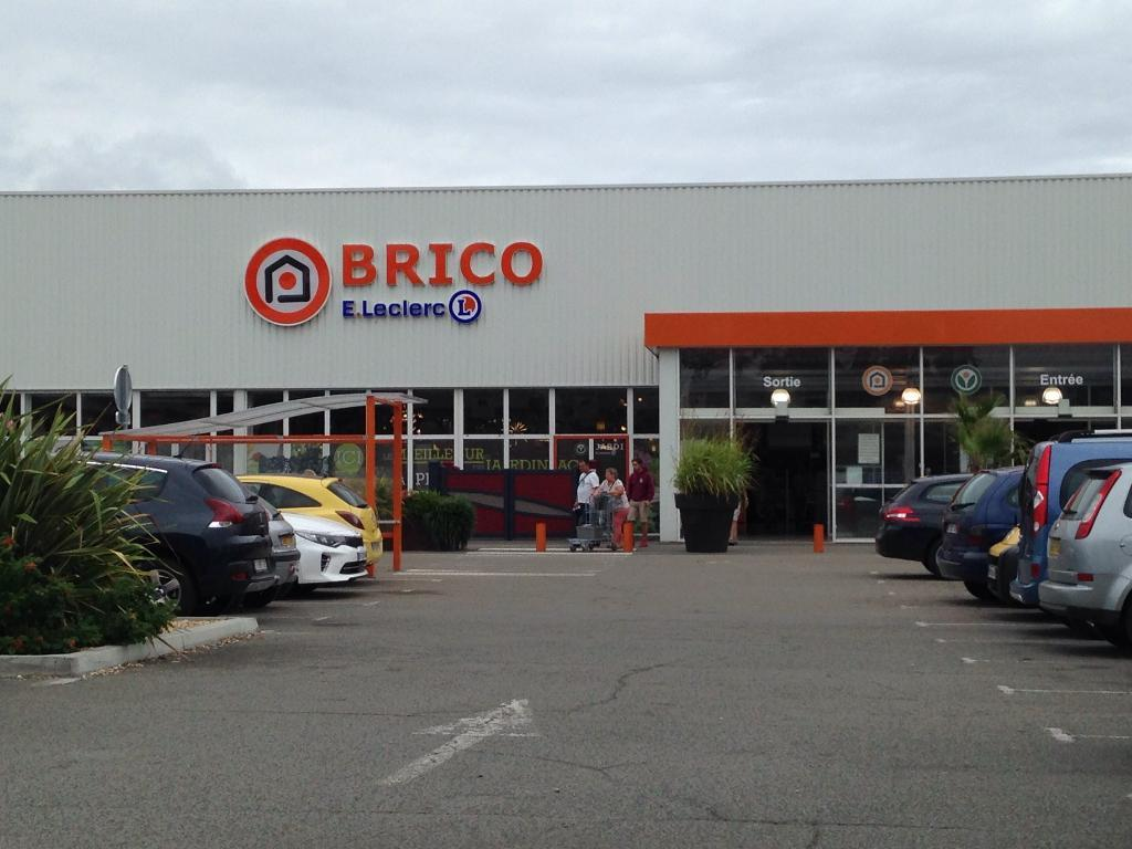 Brico leclerc agribrico bricolage et outillage 113 route de bordeaux 33220 port sainte foy et - Brico leclerc port sainte foy ...