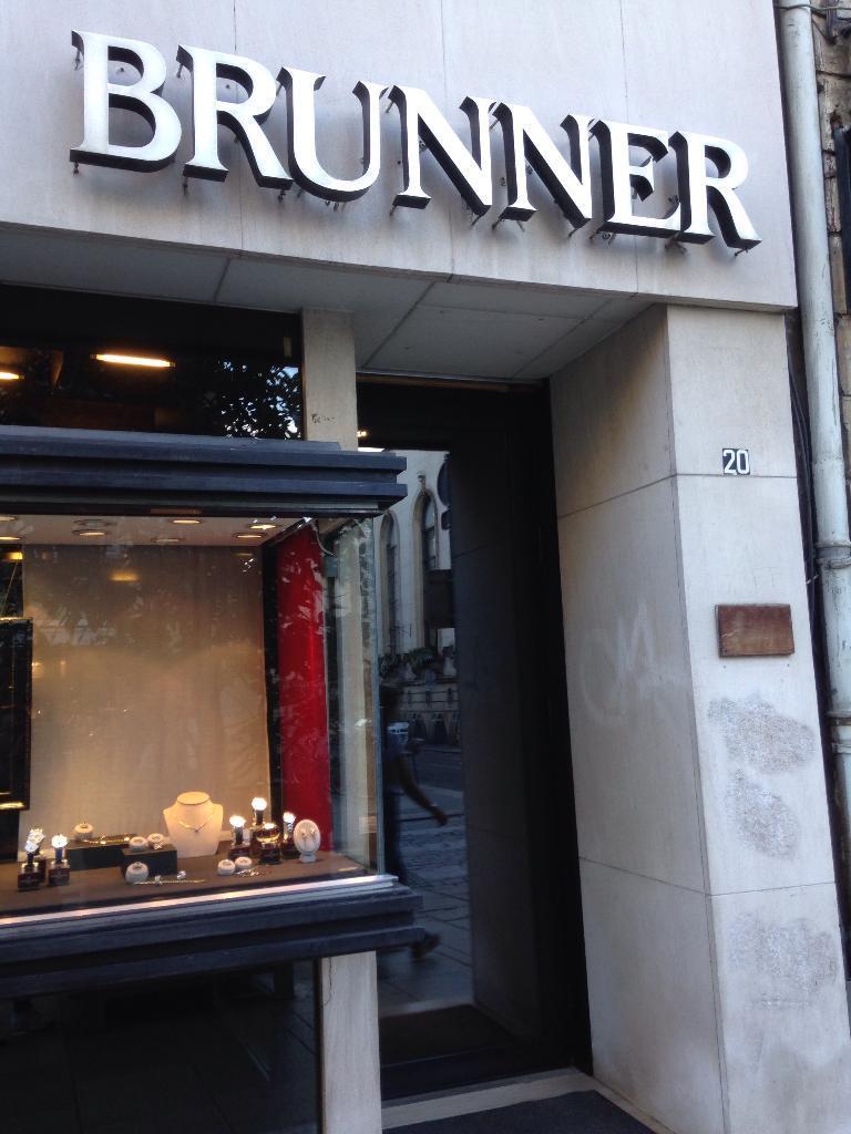 joaillerie brunner bijoux 20 rue dominicains 54000 nancy adresse horaire. Black Bedroom Furniture Sets. Home Design Ideas