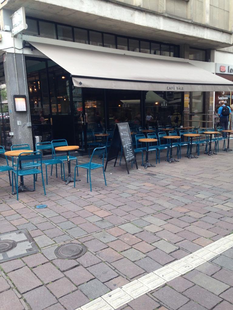 caf b le restaurant 24 rue d 39 austerlitz 67000 strasbourg adresse horaire. Black Bedroom Furniture Sets. Home Design Ideas