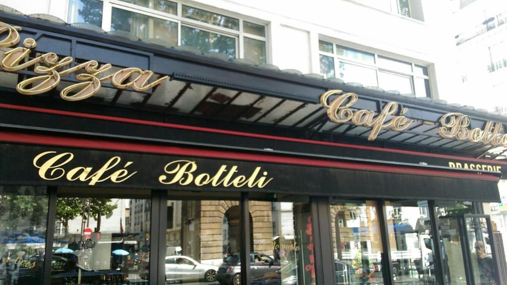 Cafe botteli restaurant 55 boulevard saint martin 75003 paris adresse horaire - Restaurant boulevard saint martin ...