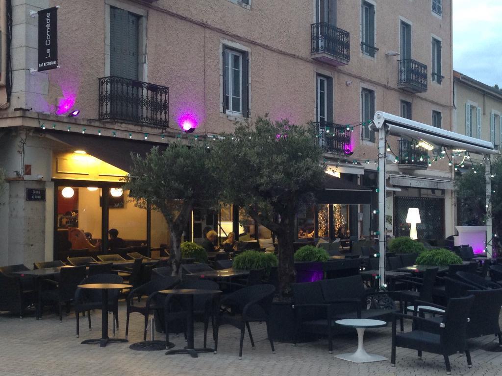 Restaurant brasserie la comedie restaurant 17 cours de - Cuisine bourg en bresse ...