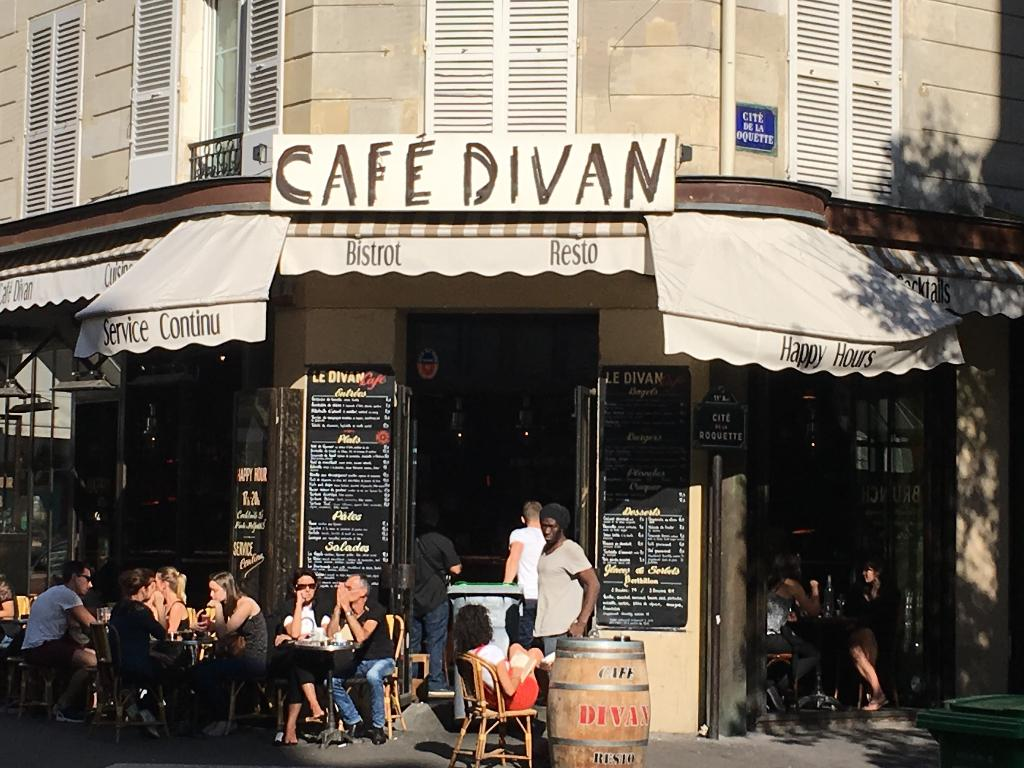 Caf divan restaurant 60 rue de la roquette 75011 paris for Cafe divan 75011