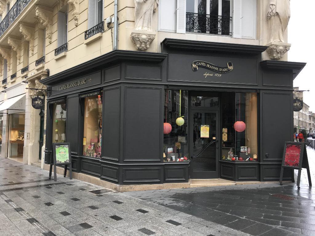 https://static4.pagesjaunes.fr/media/ugc/cafes_jeanne_d_arc_04523400_100052841