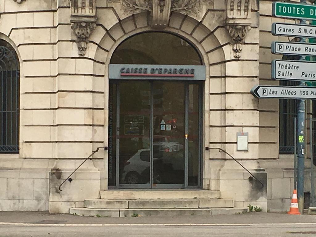 Caisse D Epargne Bourgogne Franche Comte Banque 1 Place Pierre