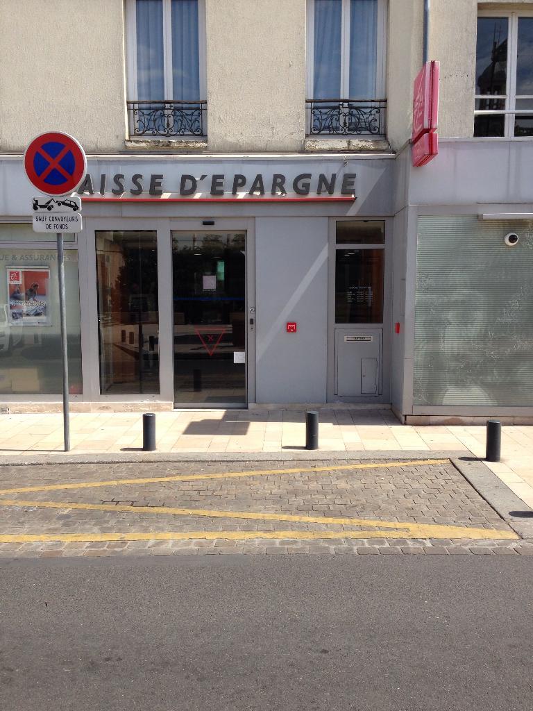Caisse d 39 epargne ile de france banque 73 avenue g n ral for 7 avenue du general de gaulle maison alfort