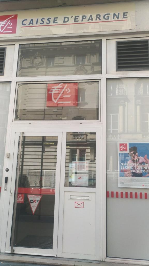 Caisse D Epargne Paris Louvre Banque 33 Rue Du Louvre 75001 Paris