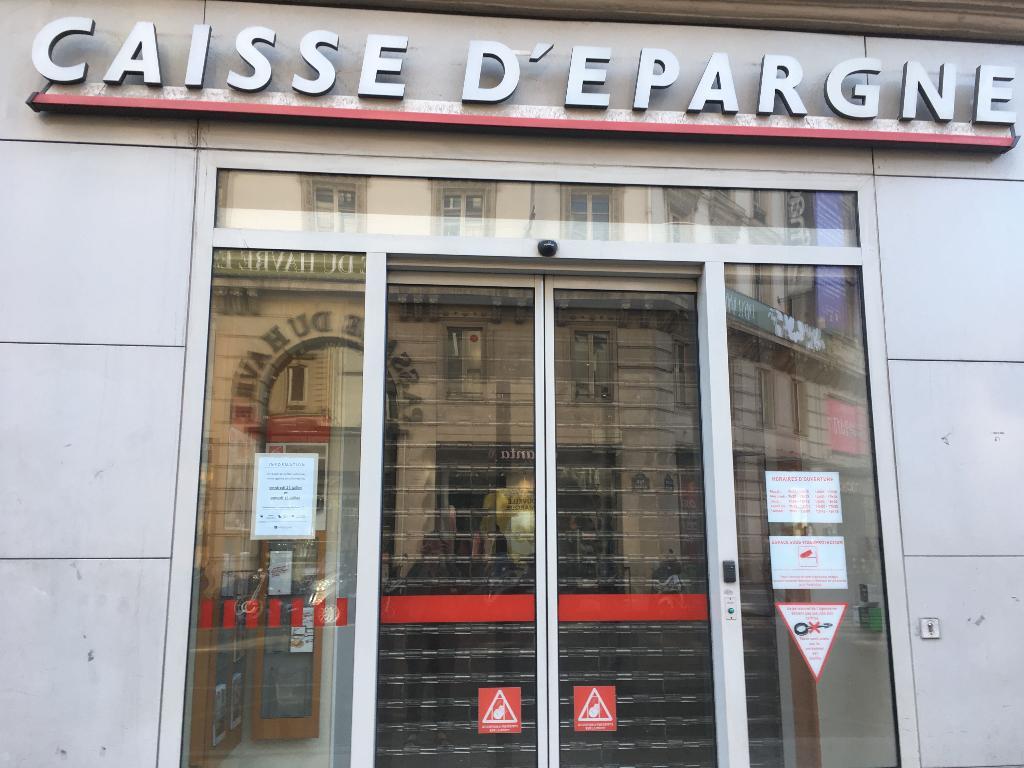 Caisse d\'Epargne Paris Saint-Lazare Conseil - Banque, 13 place du ...