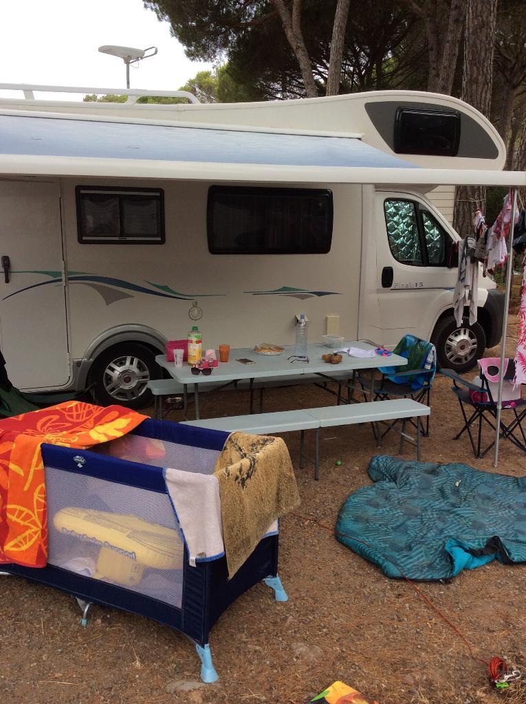 Campinus Camping Route De La Bouverie 83380 Roquebrune Sur Argens