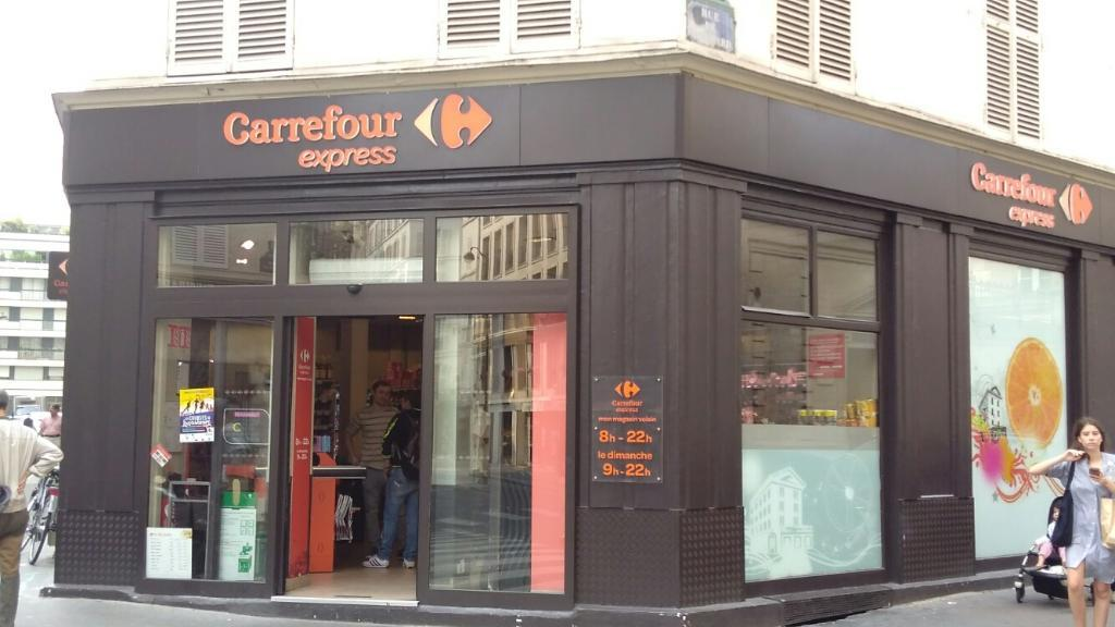 carrefour express supermarch hypermarch 31 rue vaugirard 75006 paris adresse horaire. Black Bedroom Furniture Sets. Home Design Ideas
