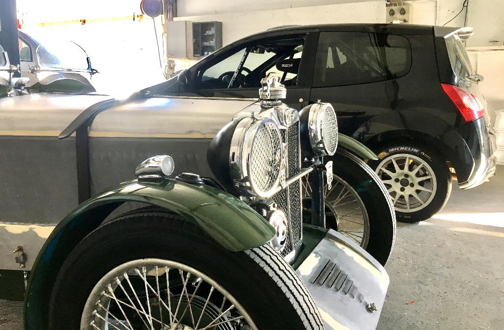 Carrosserie hoche carrosserie et peinture automobile for Garage moullet pertuis