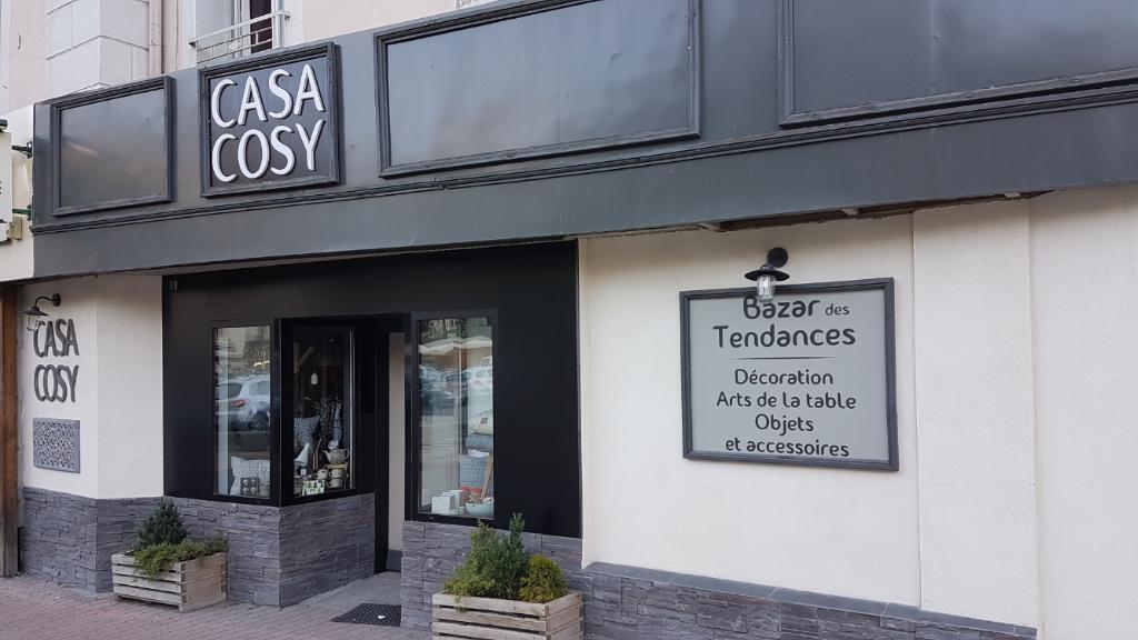 casa cosy magasin de d coration 2 rue pasteur 05100 brian on adresse horaire. Black Bedroom Furniture Sets. Home Design Ideas
