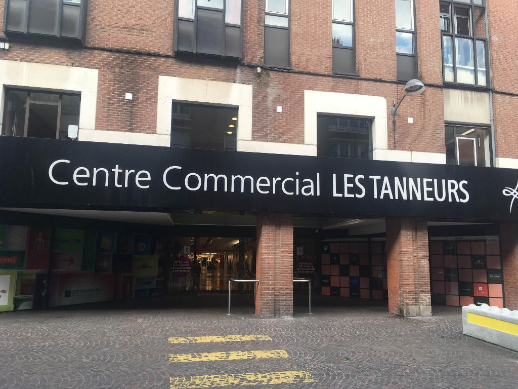 centre commercial les tanneurs centre commercial 80 rue de paris 59000 lille adresse horaire. Black Bedroom Furniture Sets. Home Design Ideas