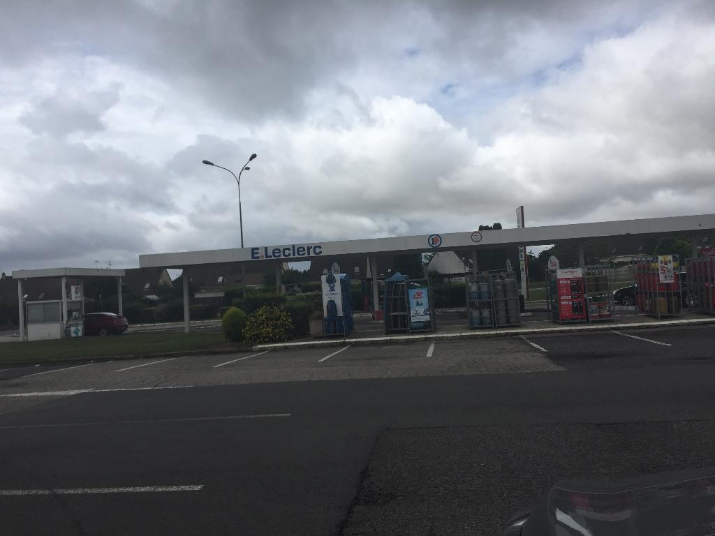 E leclerc supermarch hypermarch 28 avenue australiens 80200 p ronne adresse horaire - Horaire leclerc saint aunes ...