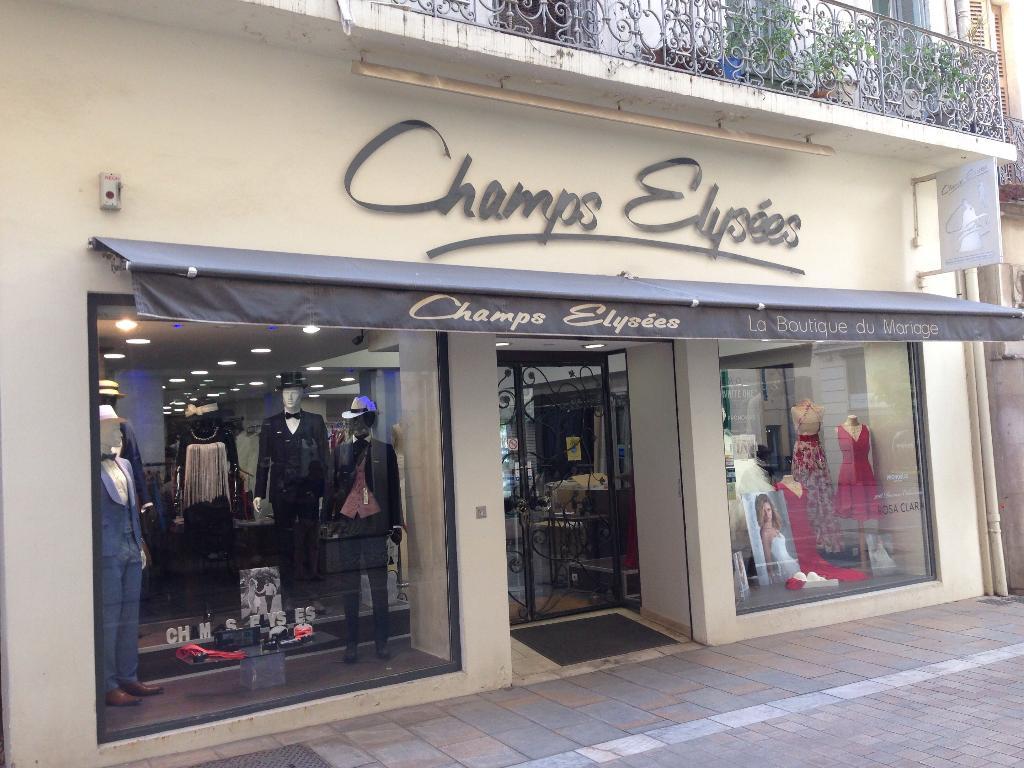 champs elysees robes de mari es 32 rue alger 83000 toulon adresse horaire. Black Bedroom Furniture Sets. Home Design Ideas