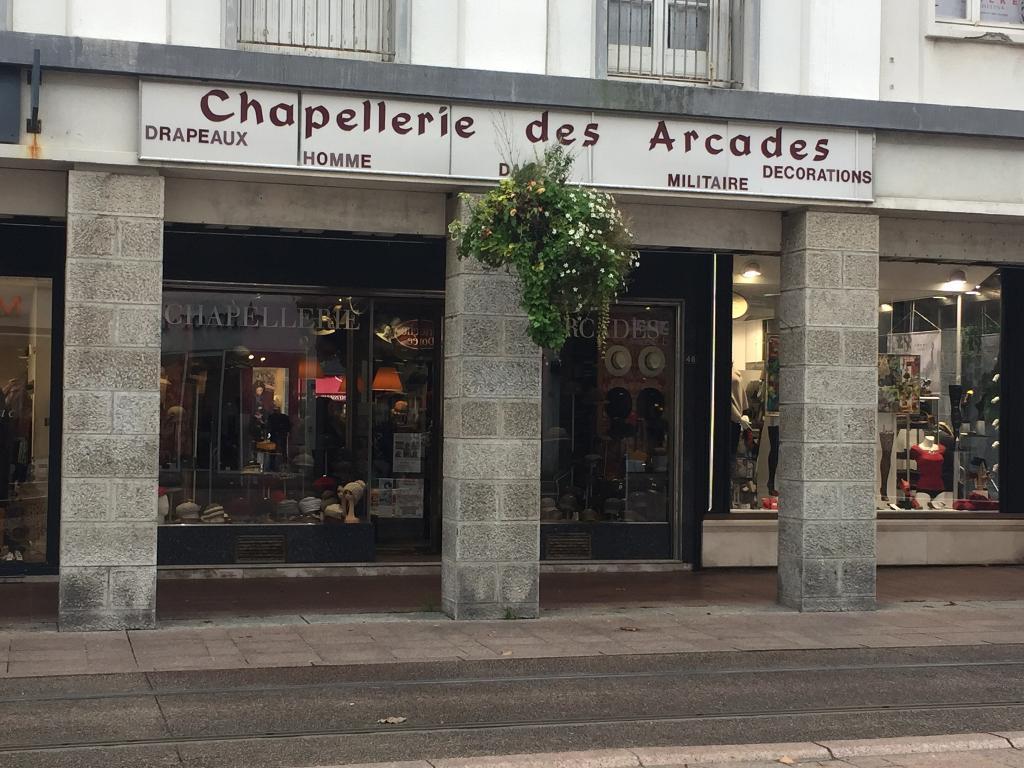 chapellerie des arcades accessoires de mode 48 rue du siam 29200 brest adresse horaire. Black Bedroom Furniture Sets. Home Design Ideas