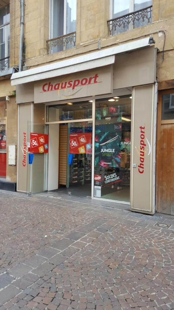 chausport magasin de sport 36 rue r publique 08000 charleville m zi res adresse horaire. Black Bedroom Furniture Sets. Home Design Ideas