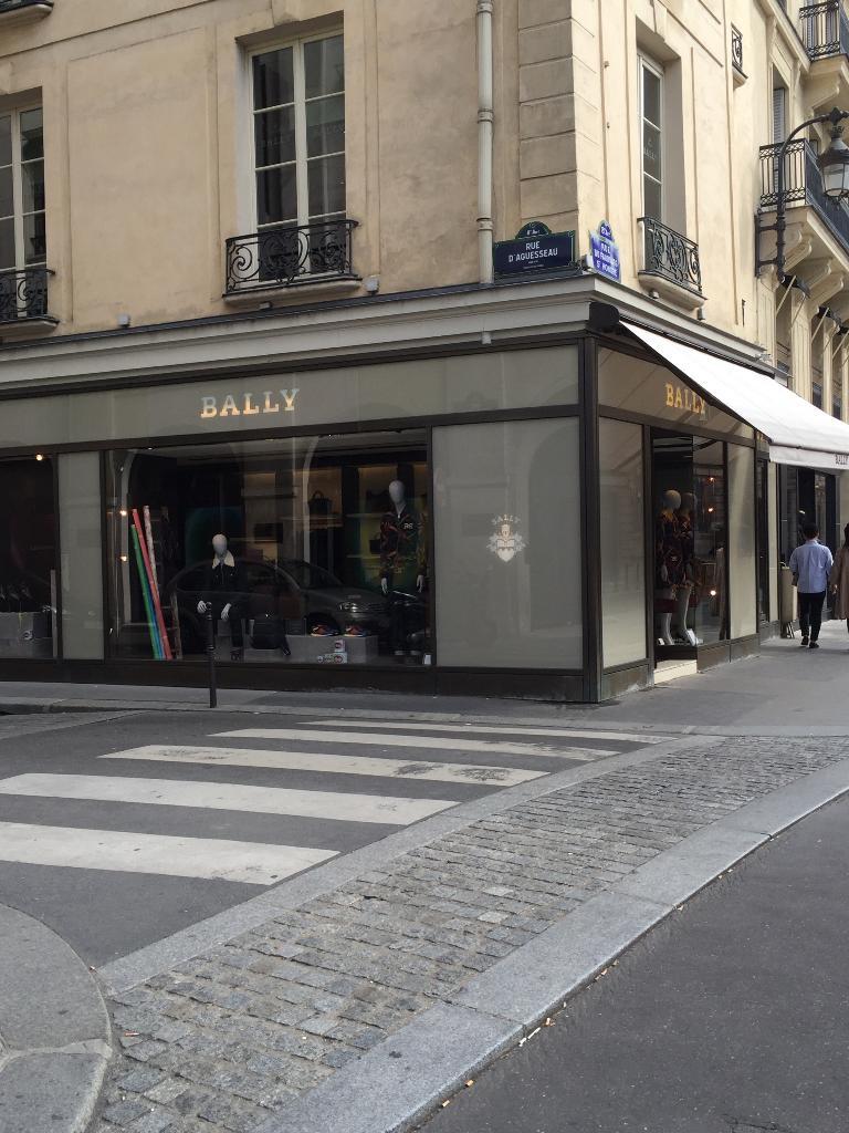 0483b1afe31677 Bally Paris - Magasin de chaussures (adresse, horaires)