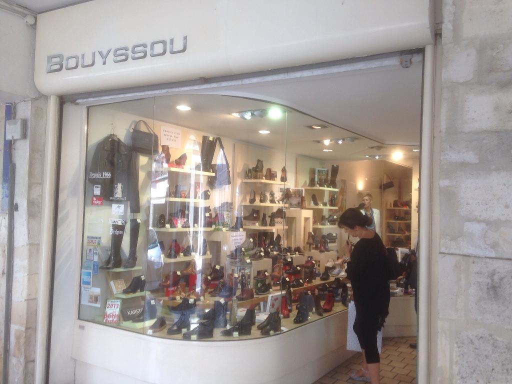 La rue Merciers Chaussures des 39 Bouyssou 17000 Chaussures 0wtCqRxw