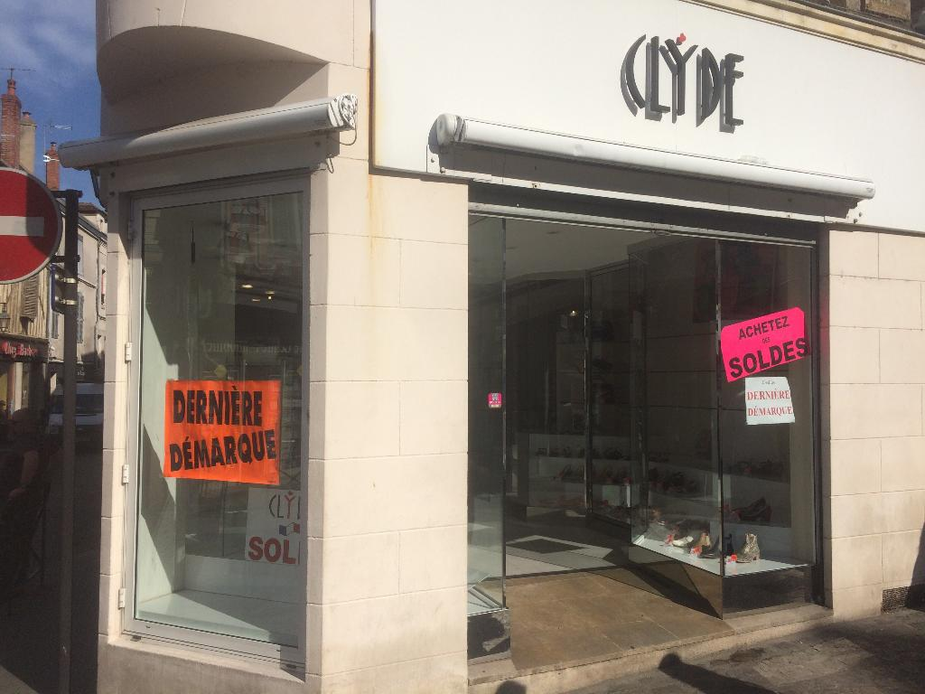 5d382ad77f14b9 Chaussures Clyde Auxerre - Magasin de chaussures (adresse, avis)