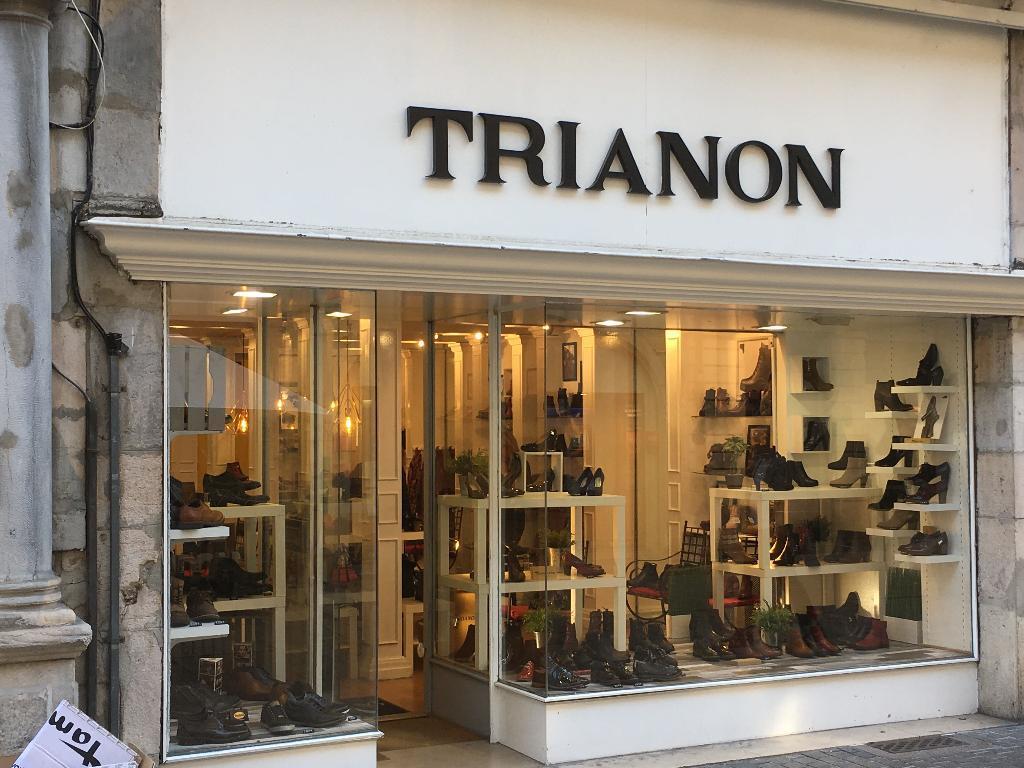 Chaussures Trianon Besançon - Magasin de chaussures (adresse, horaires,  avis) 07806cc0edbd