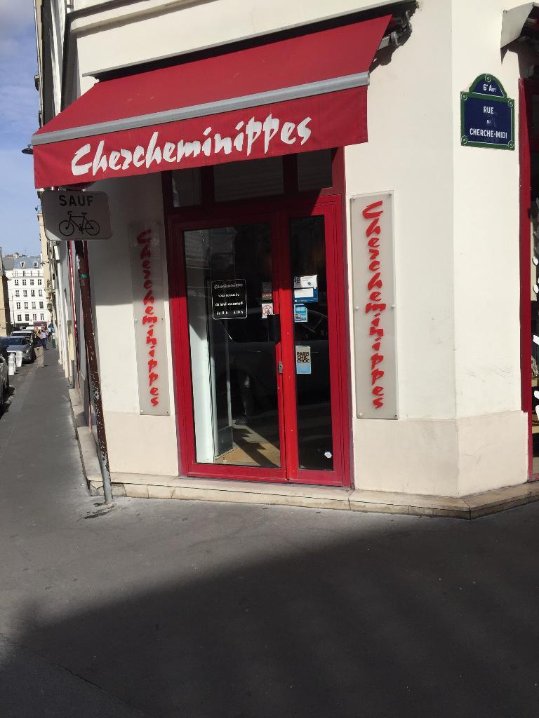 Chercheminippes d p t vente de v tements 102 rue du for Depot adresse