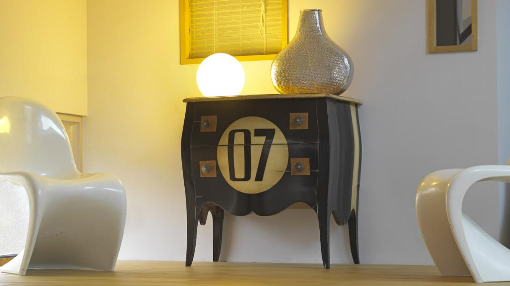 chez home magasin de meubles 22 rue saint jean de monts 85300 challans adresse horaire. Black Bedroom Furniture Sets. Home Design Ideas