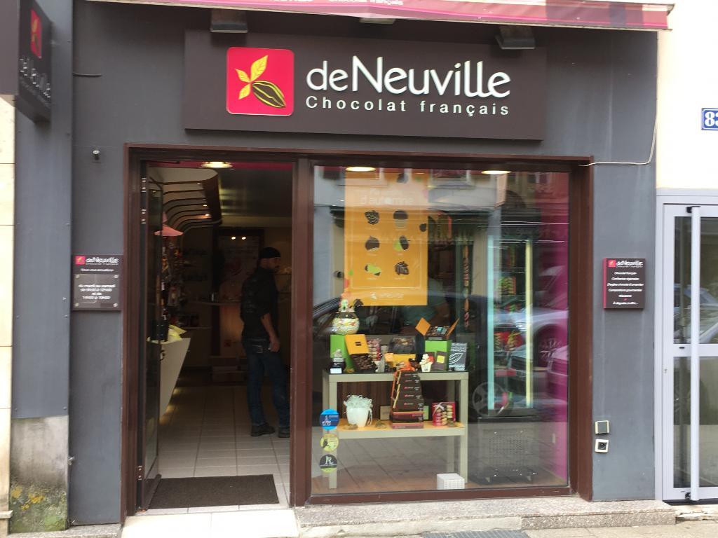 Chocolats de neuville chocolatier confiseur 83 rue - Piscine pontarlier horaires ...