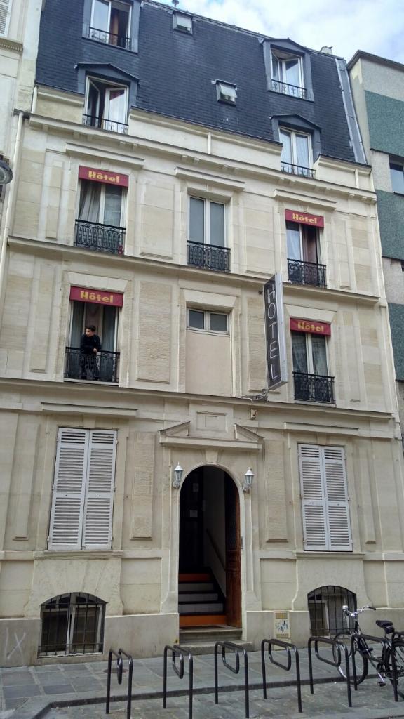 clichy h tel h tel 38 rue bruxelles 75009 paris
