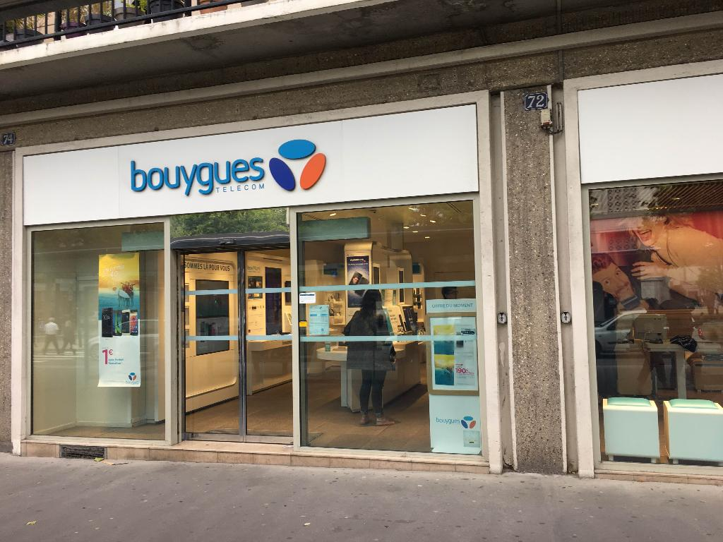 Club bouygues telecom vente de t l phonie 72 place for Boutique hotel le havre