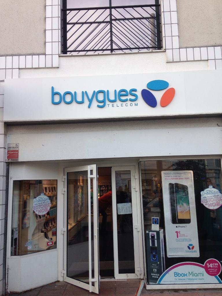 club bouygues t l com vente de t l phonie 2 place de. Black Bedroom Furniture Sets. Home Design Ideas