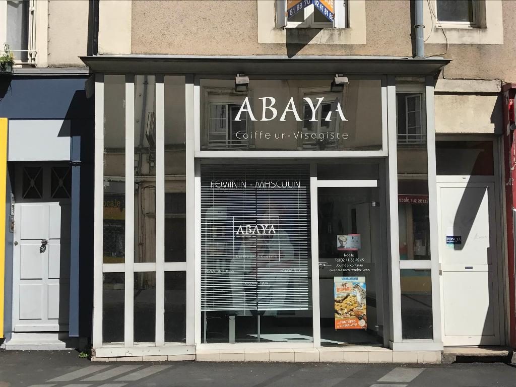 Coiffeur visagiste abaya coiffeur 8 rue toussaint 49000 for Horaire castorama angers