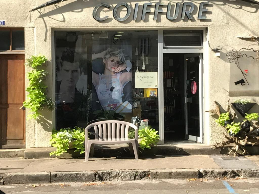 coiffure catherine coiffeur 17 place gustave courbet 25290 ornans adresse horaire. Black Bedroom Furniture Sets. Home Design Ideas