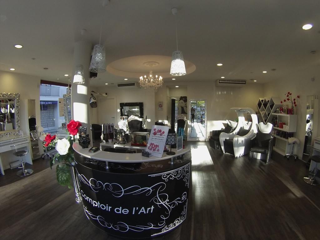 Comptoir de l 39 art coiffeur 28 route de l 39 eglise 74410 saint jorioz adresse horaire - Comptoir salon de coiffure ...