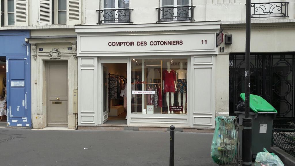 Comptoir Des Cotonniers Vêtements Femme 11 Rue Du Commerce 75015