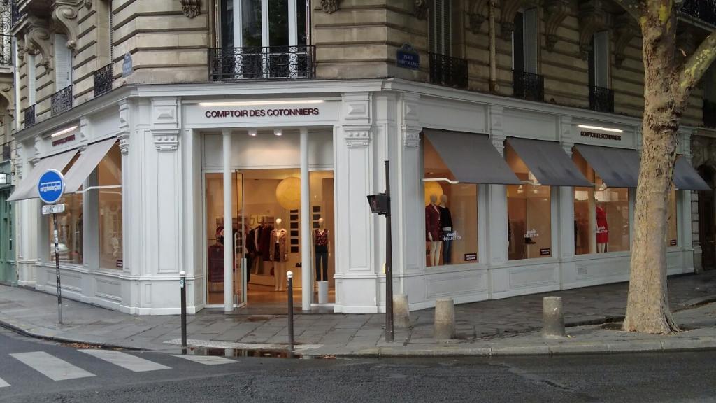 Comptoir Des Cotonniers 12 Pl St Sulpice 75006 Paris Magasins De