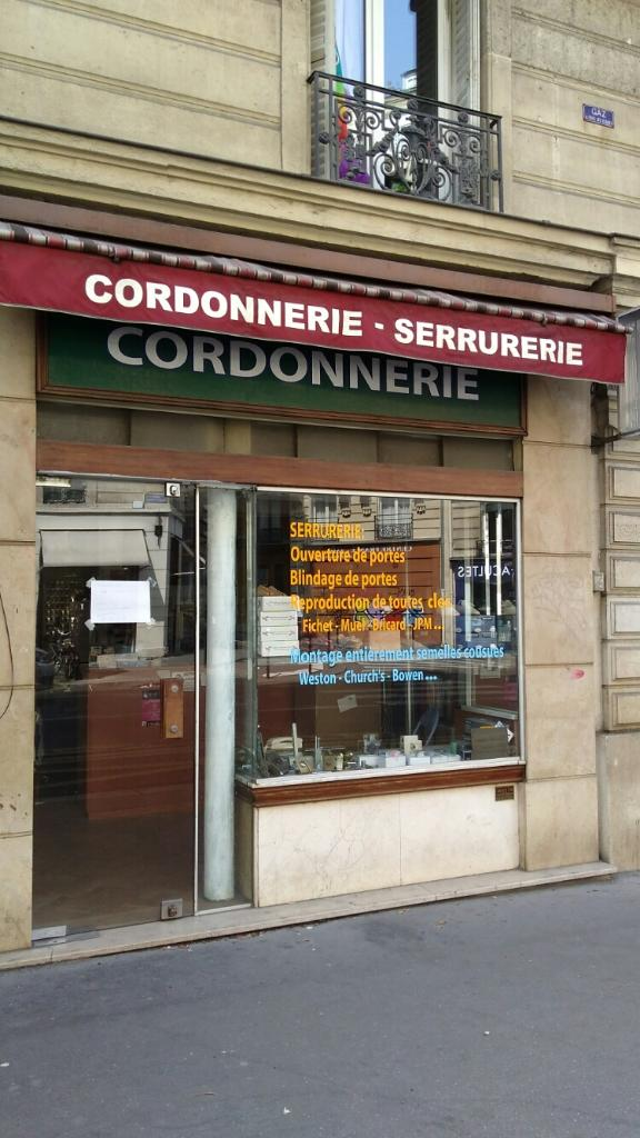 cordonnerie serrurerie cordonnier 8 rue gay lussac. Black Bedroom Furniture Sets. Home Design Ideas
