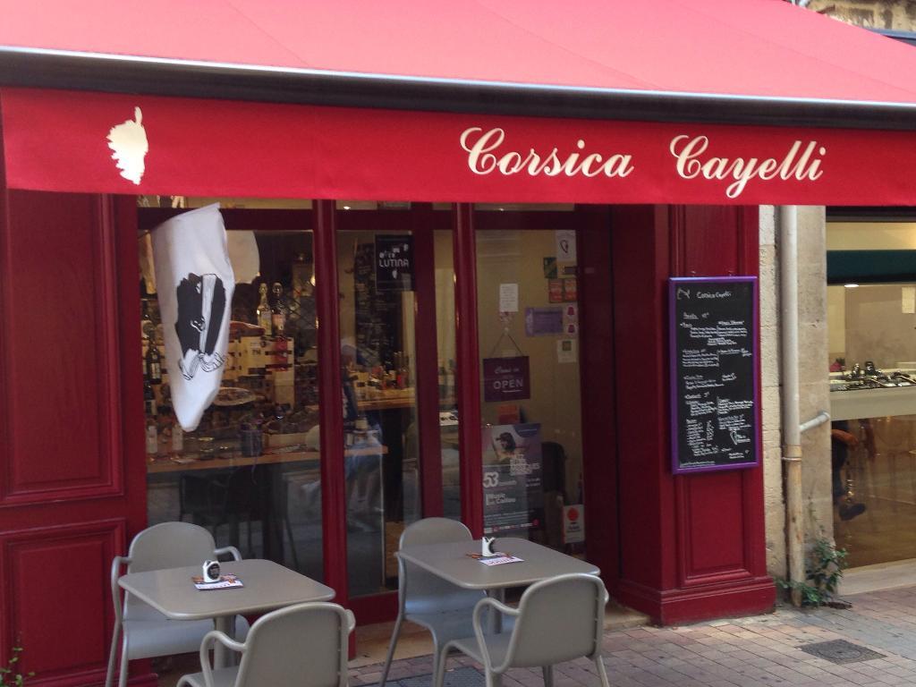 corsica cayelli restaurant 24 rue vieille tour 33000 bordeaux adresse horaire. Black Bedroom Furniture Sets. Home Design Ideas
