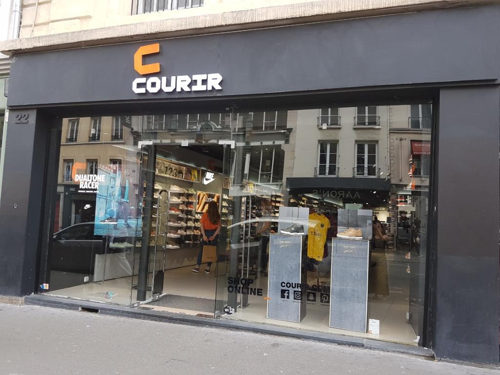 courir magasin de sport 22 rue faubourg saint antoine. Black Bedroom Furniture Sets. Home Design Ideas