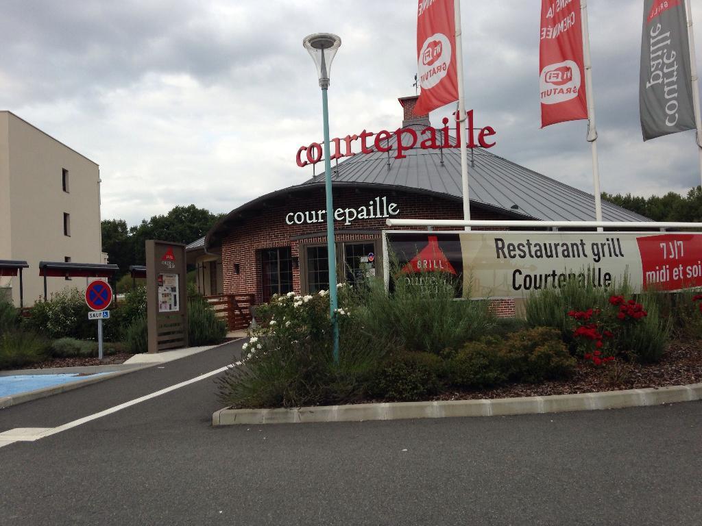 Le Bureau Vierzon : Courtepaille vierzon restaurant bâtonnet 18100 vierzon adresse