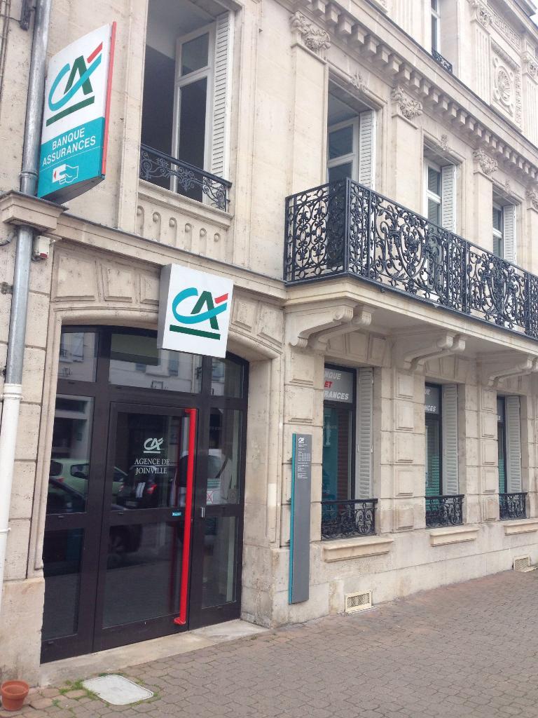 cr dit agricole de champagne bourgogne banque 35 rue aristide briand 52300 joinville. Black Bedroom Furniture Sets. Home Design Ideas