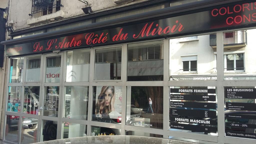 De l 39 autre c t du miroir coiffeur 87 boulevard de la for Tchip coiffure boulogne billancourt