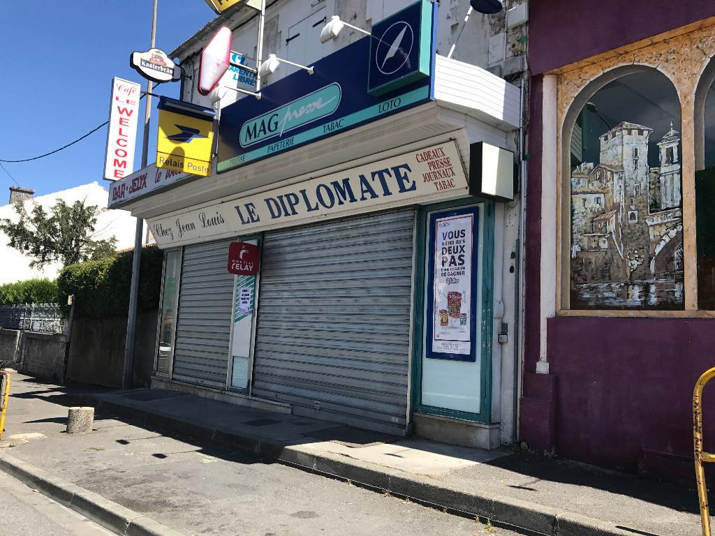 Le diplomate bureau de tabac rue bordeaux angoulême