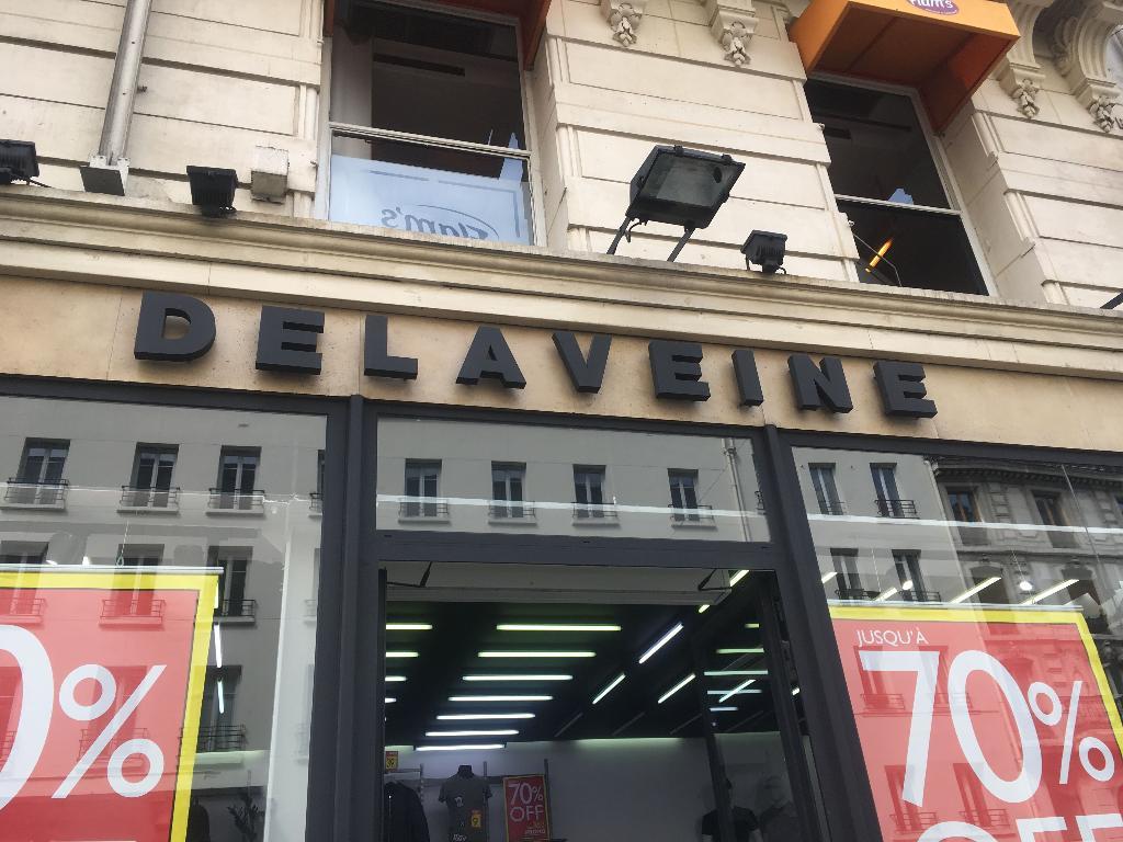 de Delaveine de Tiendas Parisdireccióncomentarios ropa Tiendas dCBerxo
