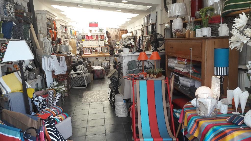 derri re le rideau tapissier d corateur 18 rue austerlitz 60200 compi gne adresse horaire. Black Bedroom Furniture Sets. Home Design Ideas