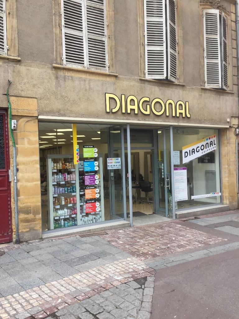 diagonal coiffeur 24 rue ladoucette 57000 metz. Black Bedroom Furniture Sets. Home Design Ideas