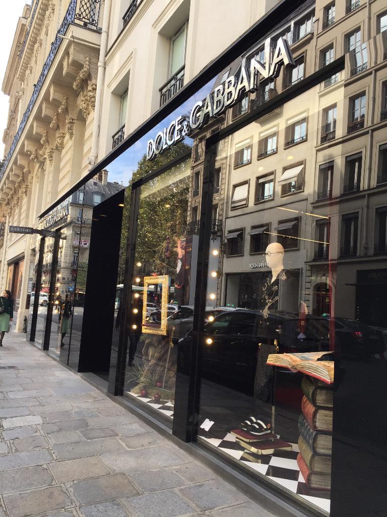 571a0616078960 Dolce Et Gabbana France Paris - Atelier de haute couture (adresse)