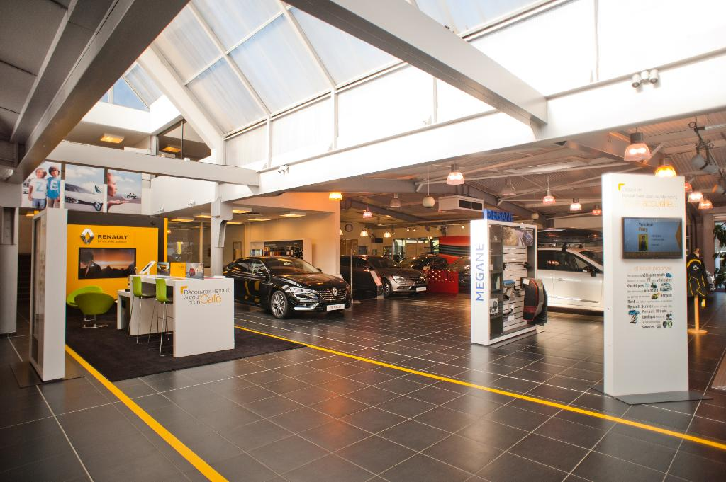 Duverney automobiles garage automobile avenue 8 mai for Garage auto chambery