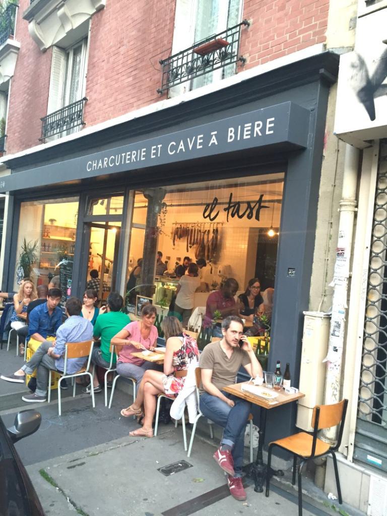 el tast charcuterie et cave biere restaurant 70 rue duhesme 75018 paris adresse horaire. Black Bedroom Furniture Sets. Home Design Ideas