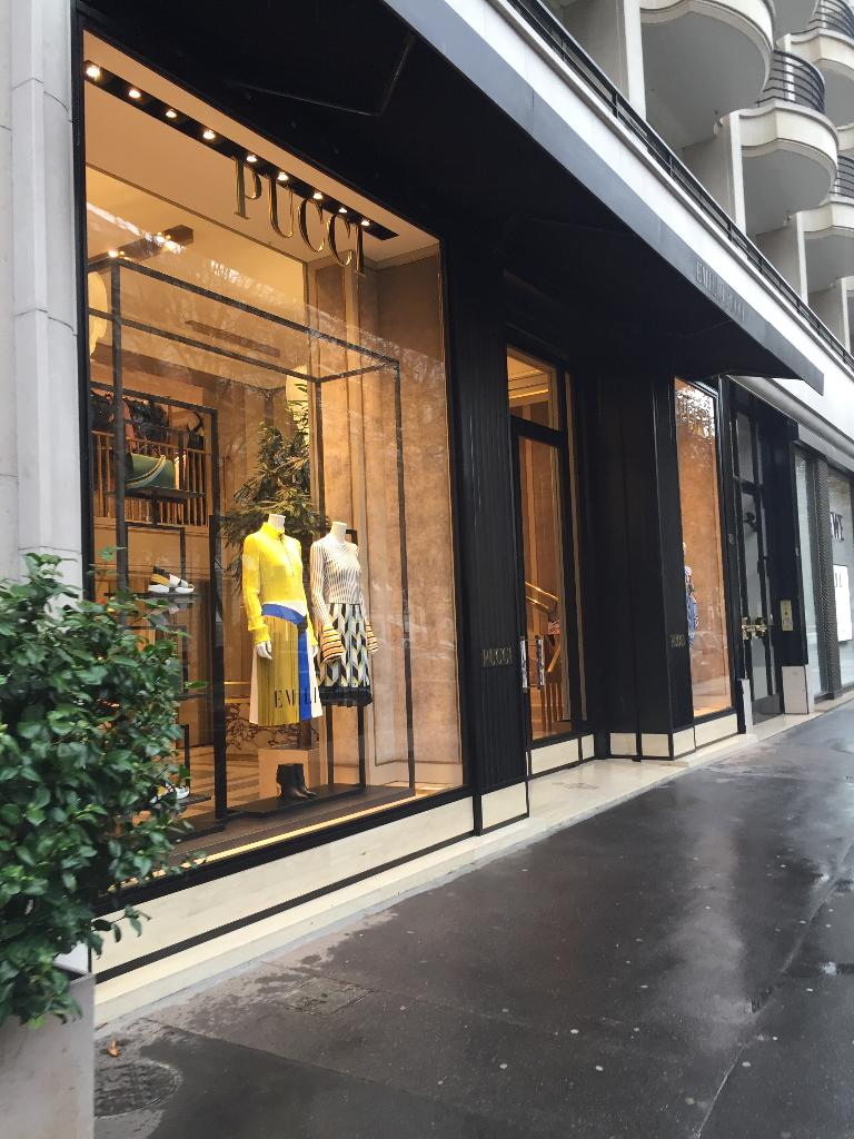 marc jacobs international haute couture 400 rue saint honor 75001 paris adresse horaire. Black Bedroom Furniture Sets. Home Design Ideas