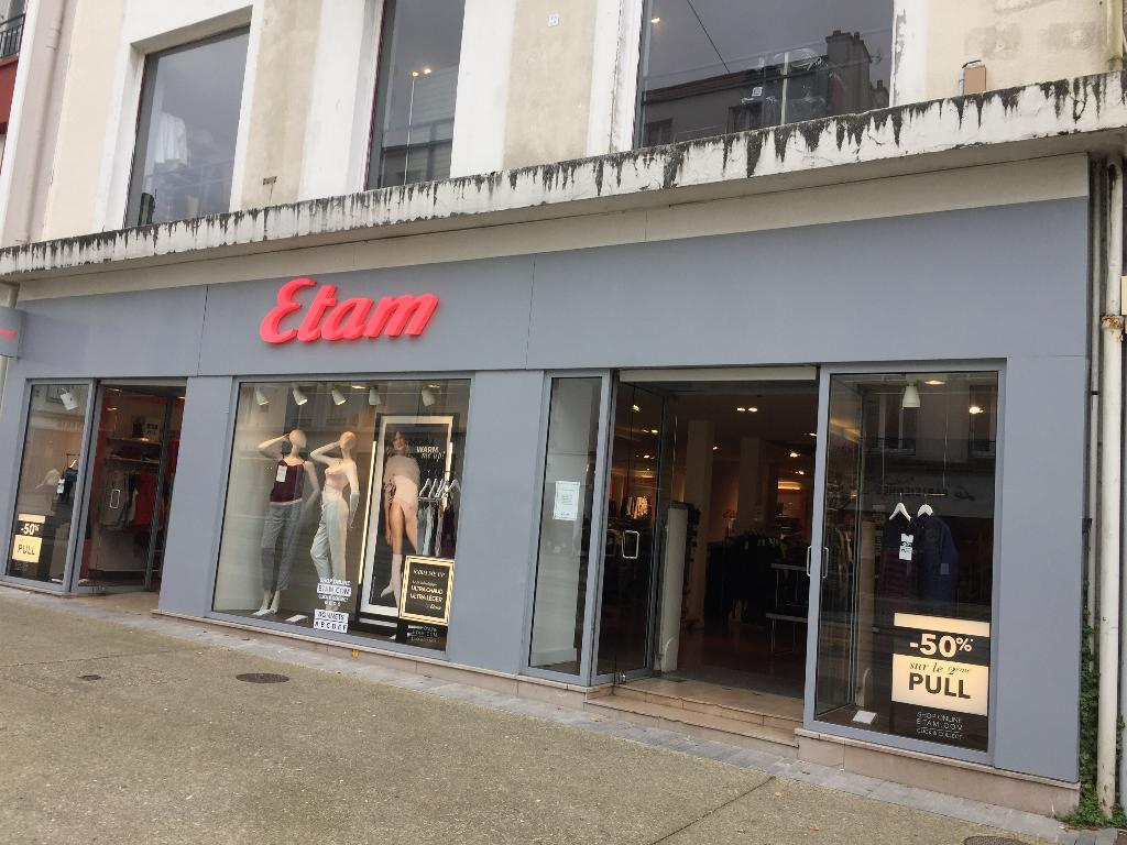 etam v tements femme 43 rue du siam 29200 brest adresse horaire. Black Bedroom Furniture Sets. Home Design Ideas